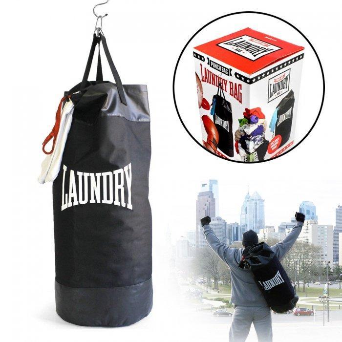 Sportlicher Boxsack Wäschekorb für das Workout zu Hause