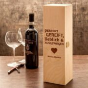 personalisierte Weinkiste für Pärchen
