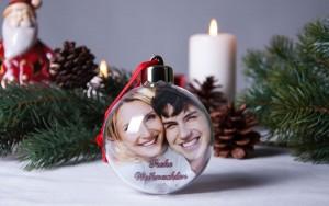 Weihnachtskugel mit Foto und Weihnachtsdeko