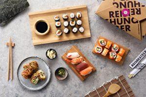 Sushi-Box mit japanischen Zutaten