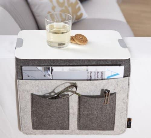 sofa butler praktische ablagefl che f r die sofalehne als geschenkidee. Black Bedroom Furniture Sets. Home Design Ideas