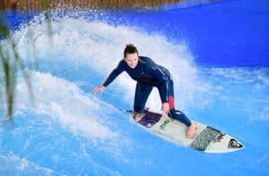 Surfen lernen im Indoorparadies