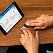 Gesundheitsgeschenk Smartphone EKG