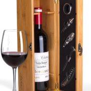 Weinflasche mit Namen in Präsentbox