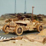 Grand Prix Rennwagen aus Holz